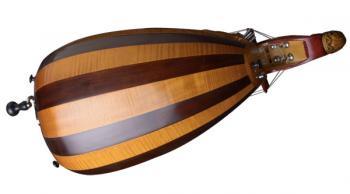 caisse de vielle à roue décor 2